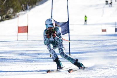 Division 2 Girls Alpine Action (BIB 407-500)