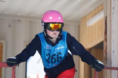 Division 2 Girls Snowboard GS Gate Shots
