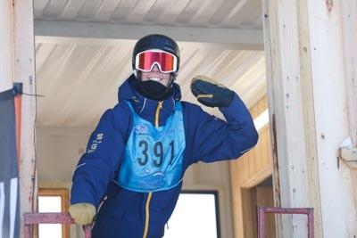 Division 1 Boys Snowboard GS Gate Shots