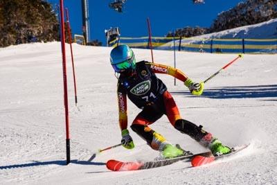 U14, U16 & Junior Alpine Slalom – Race Shots
