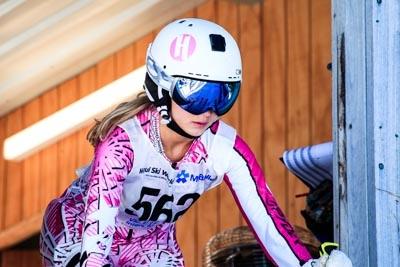 Division 2 Girls Alpine GS – Gate Shots
