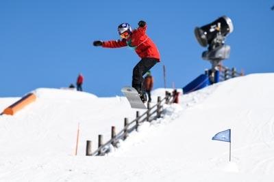 Div 1 & 2 Boys Snowboard Slopestyle 2 runs