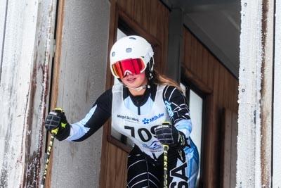 Division 1 Girls Alpine GS – Gate Shots