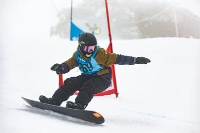 Division 3 Boys Snowboard GS – Race Shots