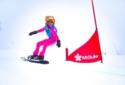 Division 4 Girls Snowboard GS – Race Shots